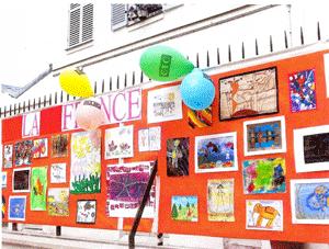 Exposition-des-dessins-des-enfants-de-la-France-et-de-la-Russie-en-2005