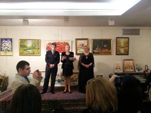 Exposition-des-peintres-de-Russie-et-de-France-Arshak-Oganyan-et-Karine-Hovhannissyan