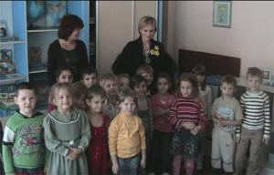 contrat-de-parrainage-entre-Patricia-KASS-et-lecole-maternelle-Solnichka-de-Rostov-sur-le-Don-organise-par-Bonheur-Retrouve-en-2009
